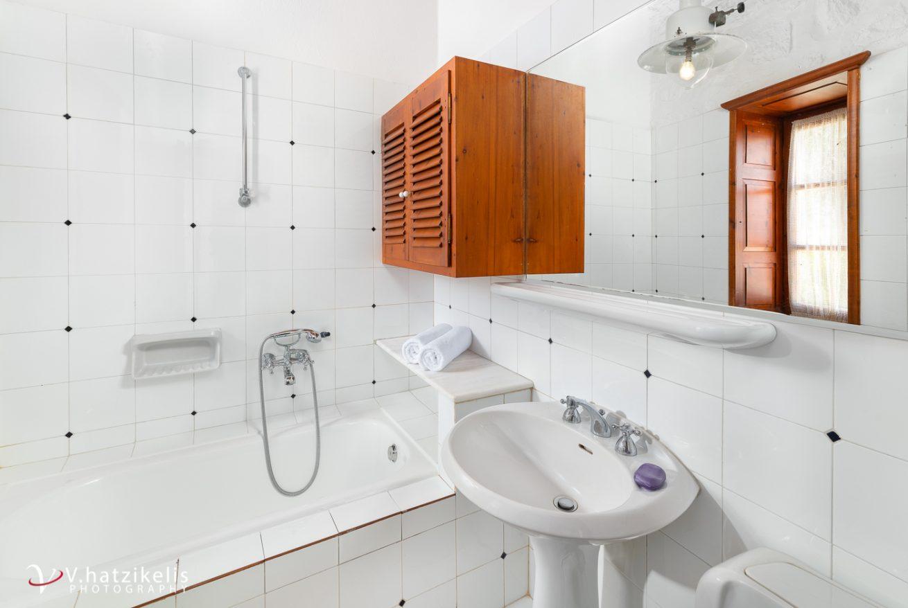 hotel photography v hatzikelisroyal dionysos villa hydra-3